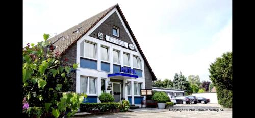 Hotel Zur Brucke, Krefeld