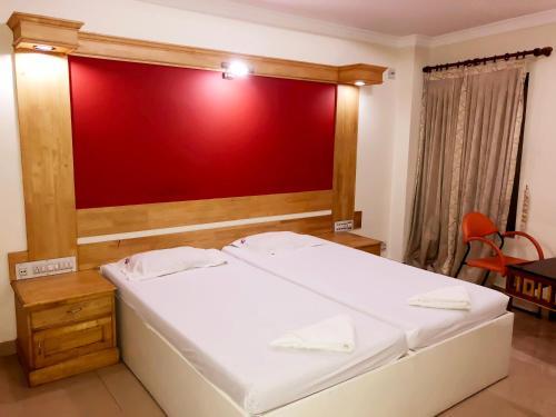 The Hotel Chettungal, Ernakulam