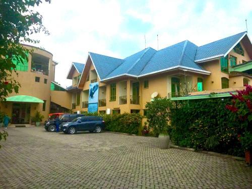 Planet Hotel, Sud-Kivu