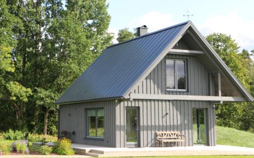 Piesta Kuusikaru farm, Vändra