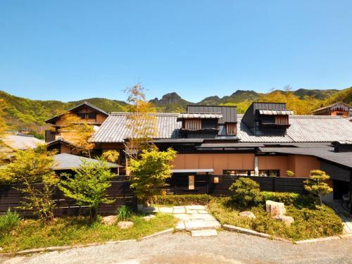 Shimayado Mari, Shōdoshima