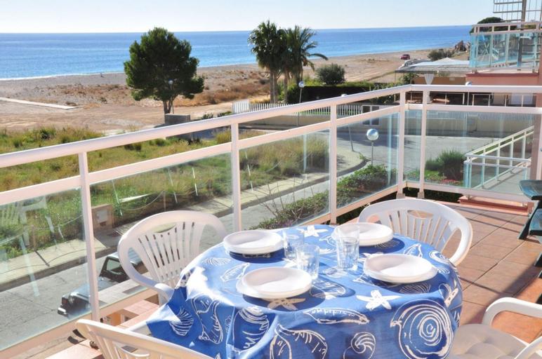 Apartamento Junto al mar Para 6 Personas en Hospitalet de L´infant, Tarragona