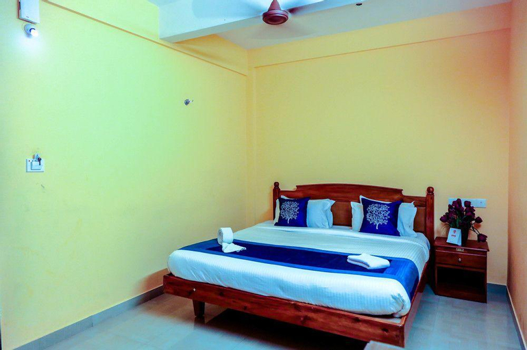 OYO 4874 Canal View Residency, Alappuzha