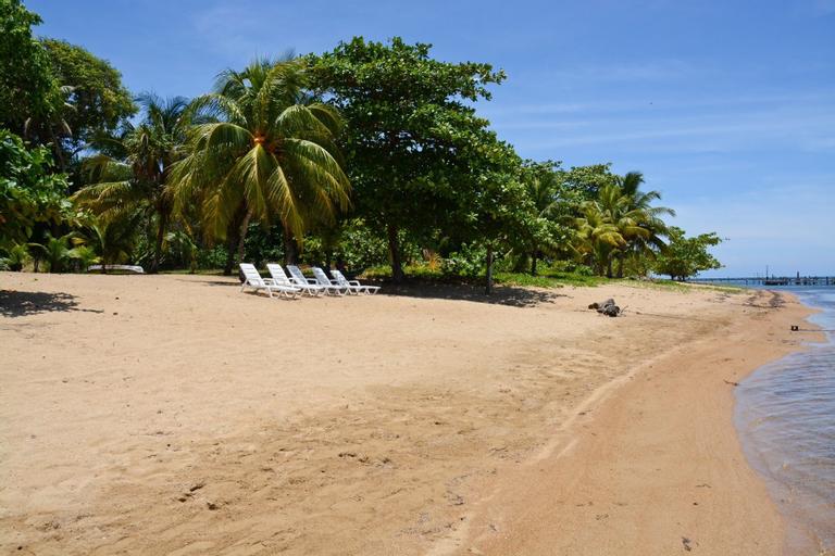 Rock Point Villas Vacation Rentals, Roatán