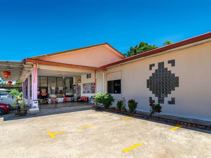 OYO 89852 Billion Garden Motel, Sipitang
