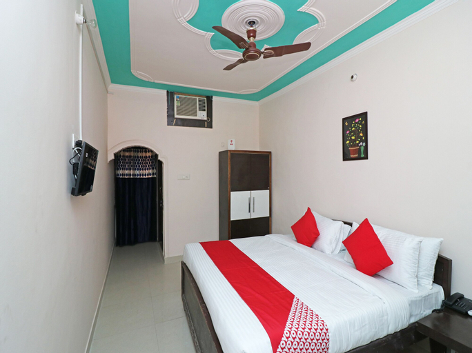 OYO 22502 Gomti Resorts, Aligarh