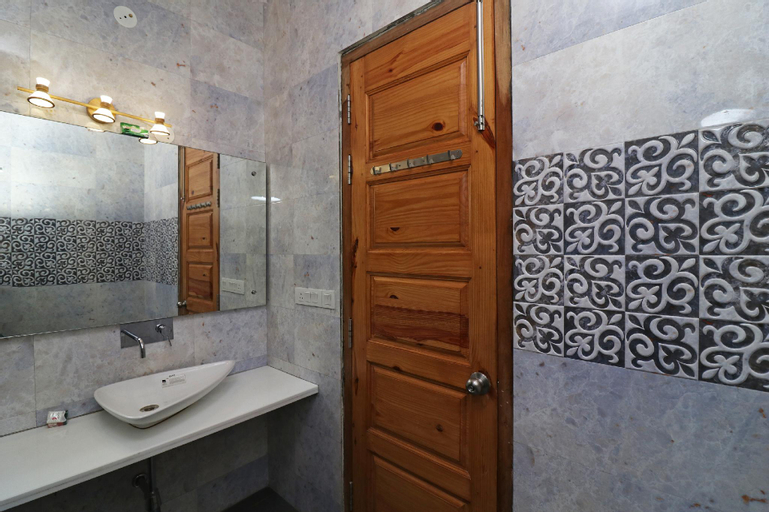 OYO 14444 JMK House, Gurgaon