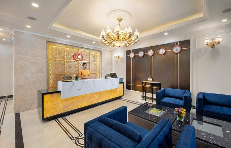 Grand Dragon Hotel Hanoi, Cầu Giấy