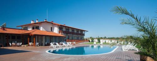 Villa Trakia, Tundzha