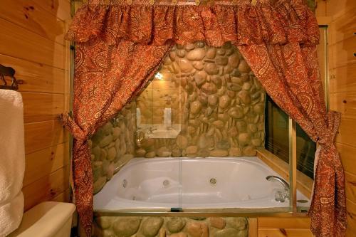 Browns Bear Den #235 - Two Bedroom Cabin, Sevier