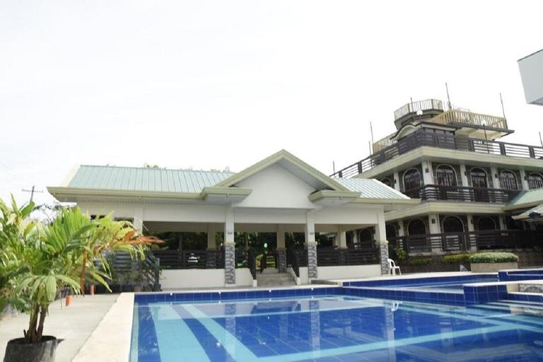 Villa Esmeralda Bryan's Resort Hotel and Restaurant, Palayan City
