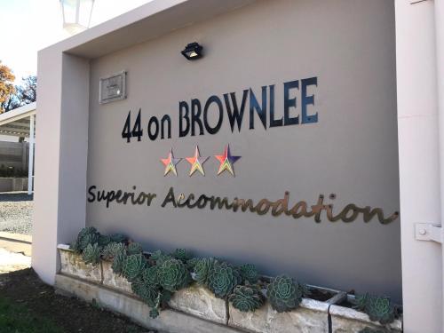 44 on Brownlee, Sisonke