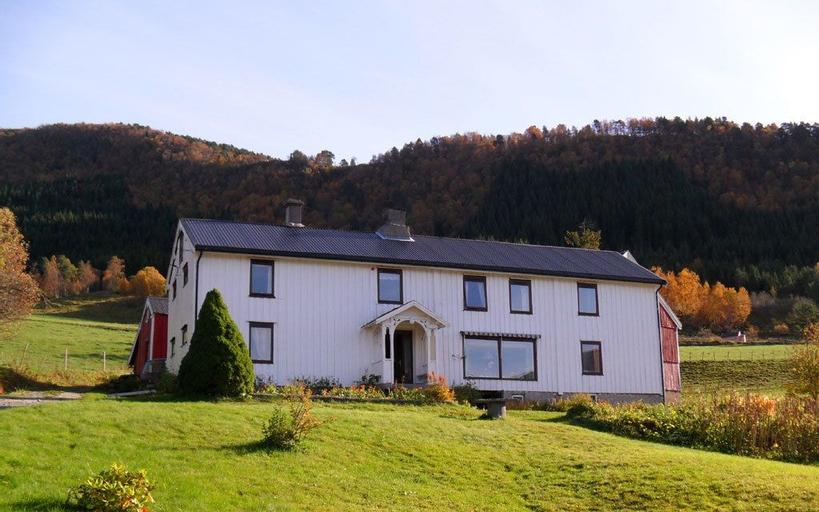 Innante Gamle Våningshus Cabin – Torvikbukt, Gjemnes