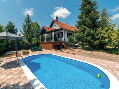 Two-Bedroom Holiday Home in Ovcara, Levanjska Varoš
