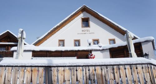 Hotel Plattas, Hinterrhein