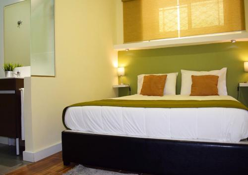 Amazonia Suits Guest House, Porto