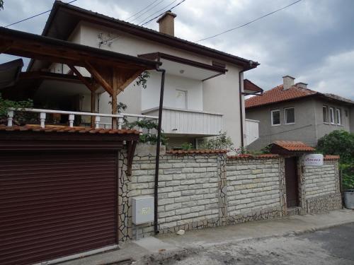 Къща Анелия, Kardzhali