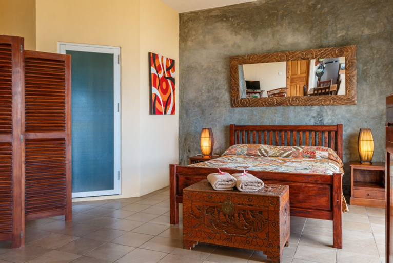 Frangipani Self-catering Holiday Apartment,