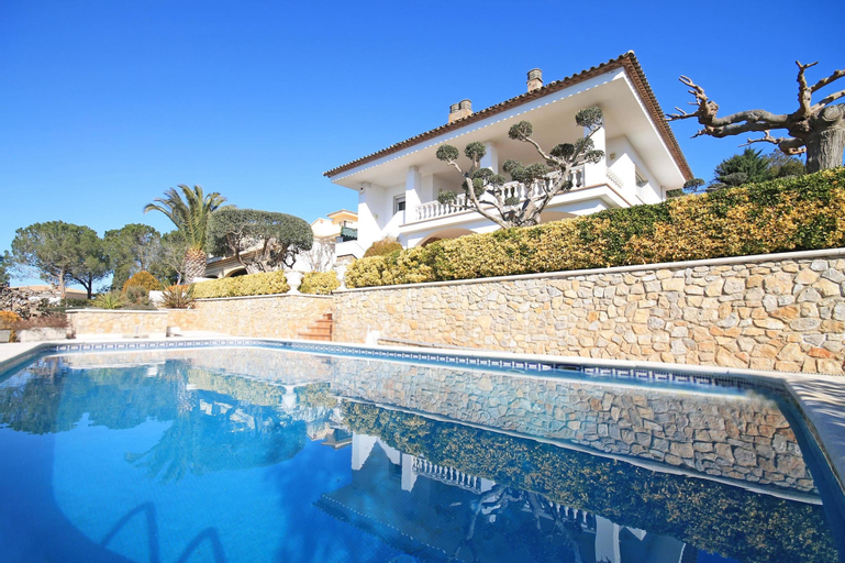 Villa Catalina, Girona