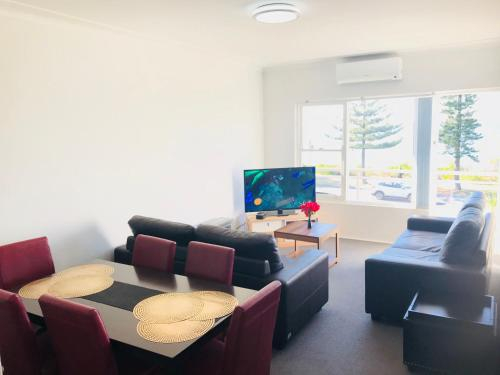 South Pacific Apartments - Sydney Beach, Rockdale
