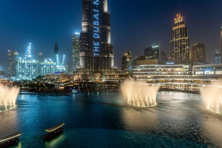 Full Burj Khalifa  Souq al Bahar,
