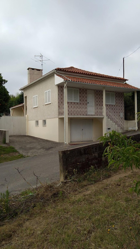 House With 2 Bedrooms in Anadia, With Furnished Terrace - 25 km From the Beach, Anadia