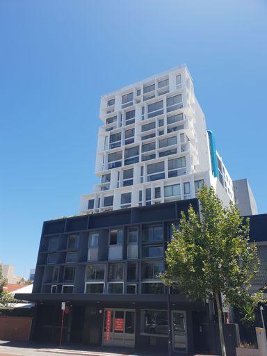 Modern Northbridge Apartment, Vincent