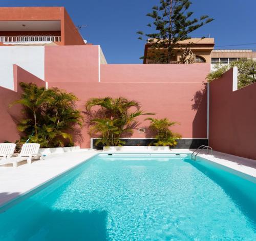 Live Santa Cruz House, Santa Cruz de Tenerife