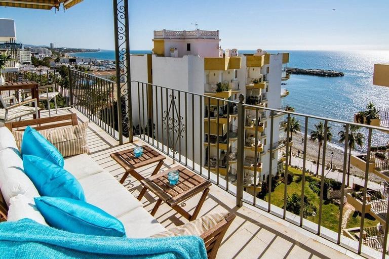 Apartment Marbella del mar-MDM Roomservice, Málaga