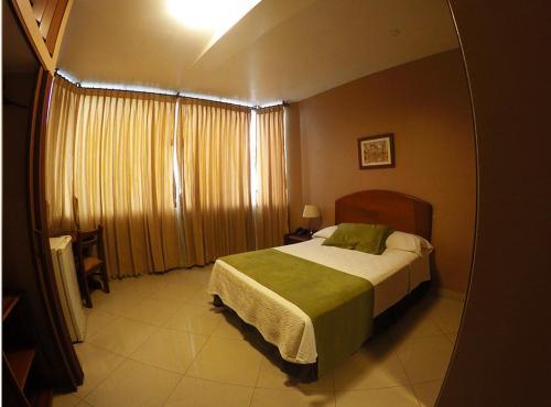 hotel ingles, Quevedo
