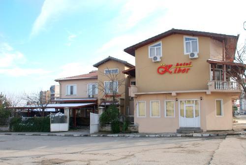 Hotel Kibor, Galabovo