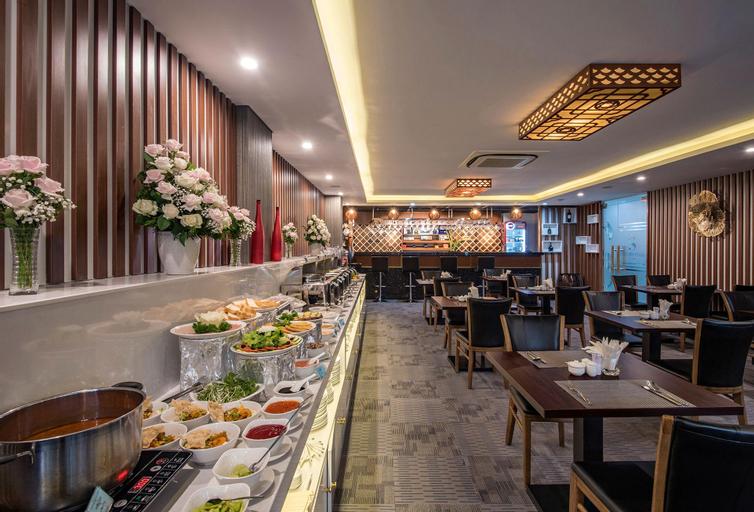 Blue Sky Hotel, Tân Bình