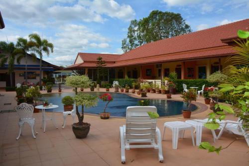 Baan Sabaijai Resort, That Phanom