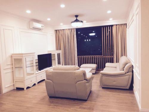 Phuong's Stay Luxury Mipec Riverside, Long Biên
