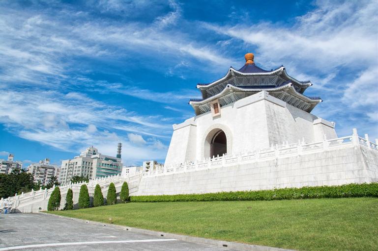 Huang Li Fang, Taipei City