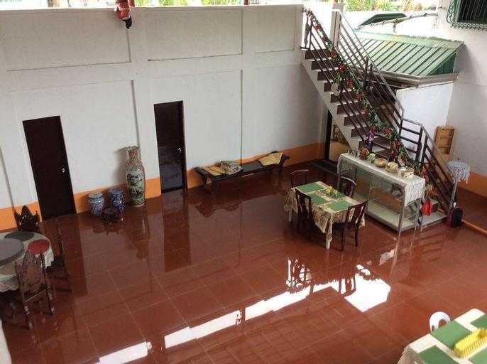 Casa Herminia B&B Guesthouse, Taal