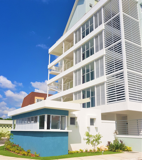 New Kingston Luxury Apt The Bromptons,