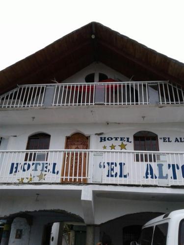 HOTEL EL ALTO, Baní
