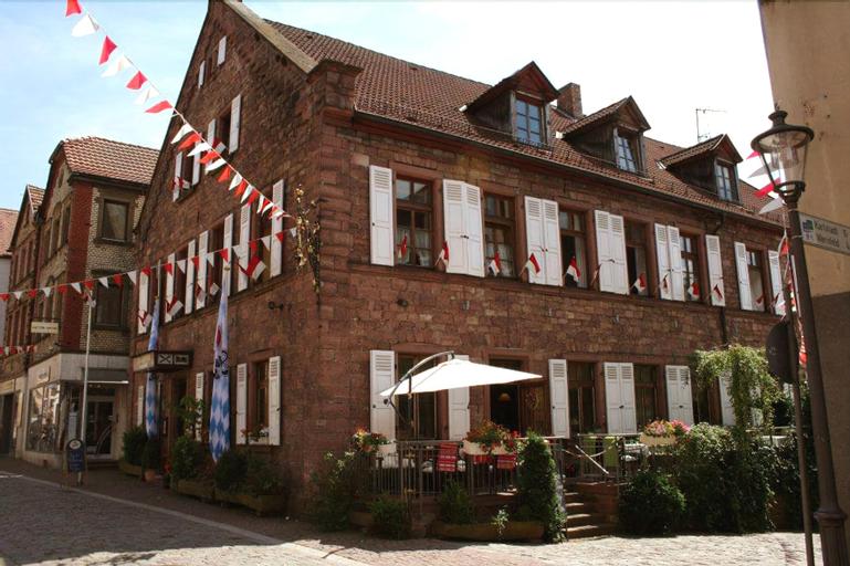 Frankischer Gasthof Hotel Zum Koppen, Main-Spessart