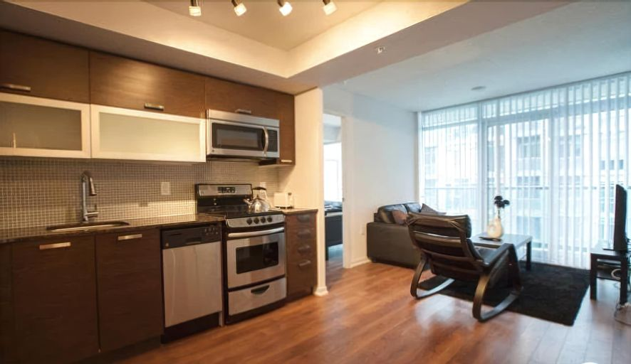 Elite Suites - Queen West offered by Short Term Stays, Toronto