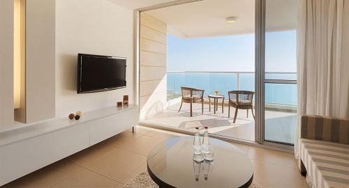 Luxurious hotel suite on beachfront,
