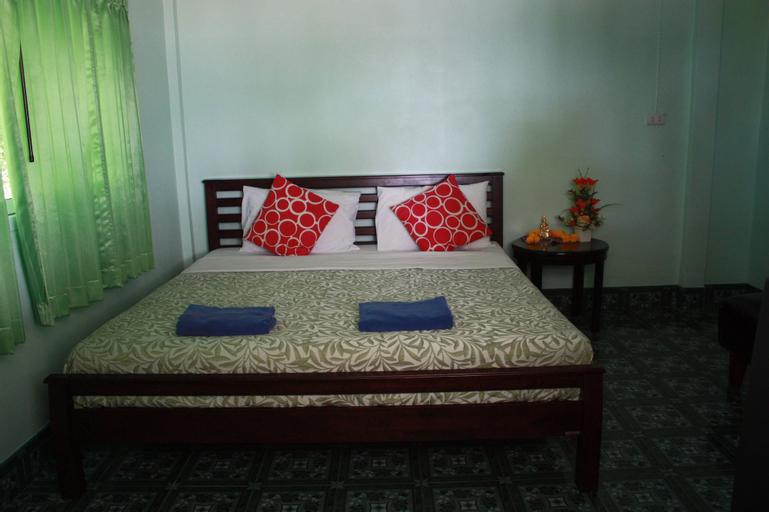 Green Lay Resort, Khanom