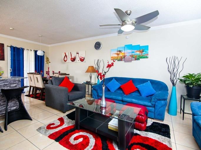 Caribe Estate Guest Apartment I,