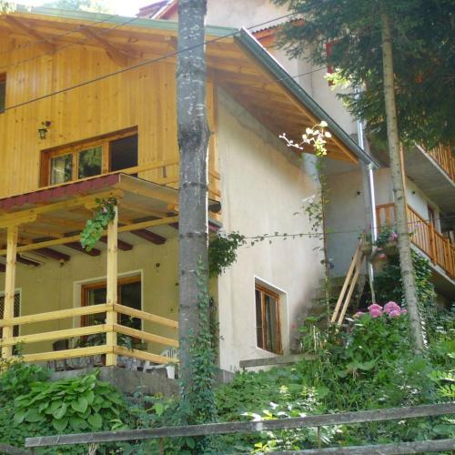 Mountain Sun Guest House, Troyan