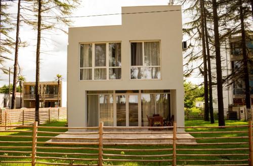 Villa by the Sea, Ozurgeti