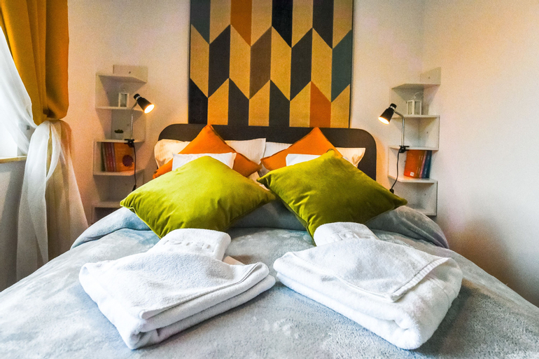 Apartament Retro DeLuxe - Apartamenty 5d, Lubań