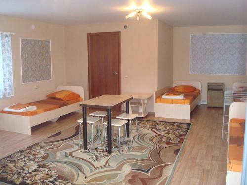 Hotel Strizh, Isetskiy rayon