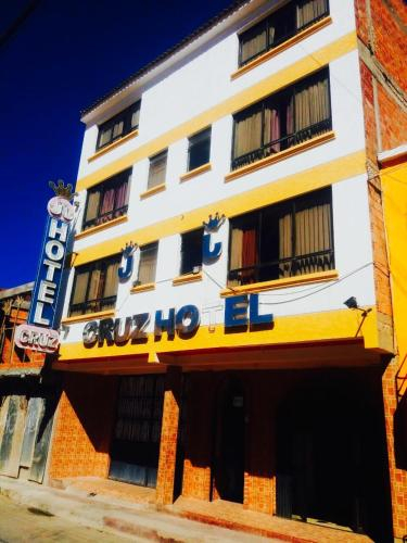 JJ Hotel Cruz, Sud Chichas
