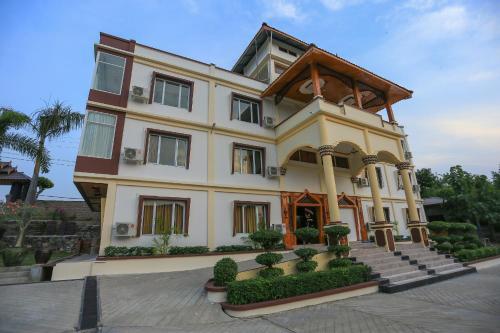 Peace Palace Resort Hotel, Monywa