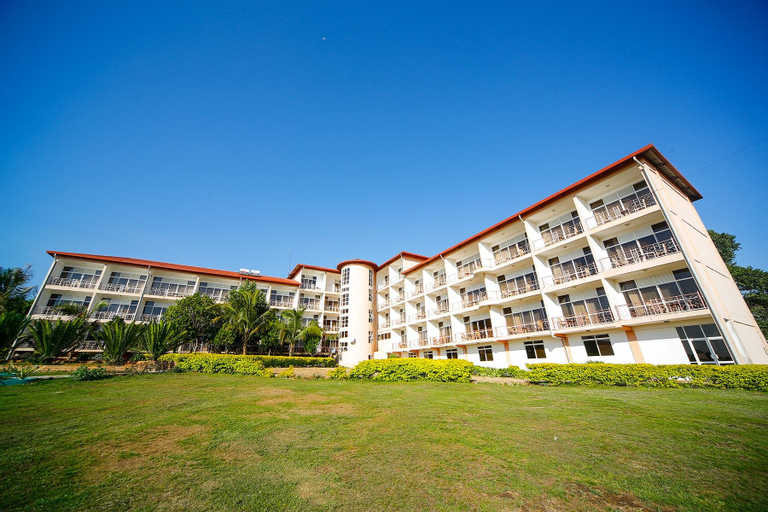Katomi Kingdom Resort, Busiiro